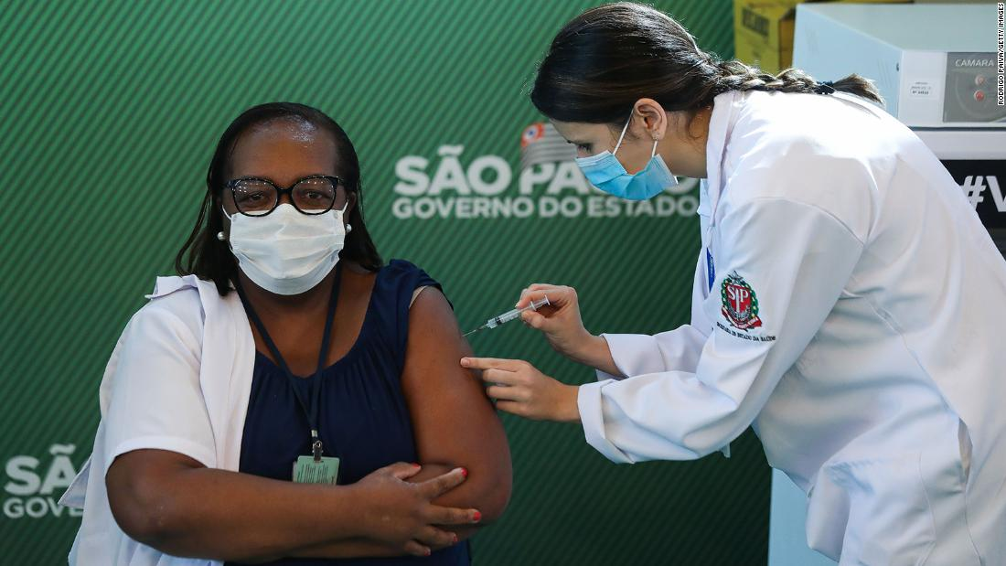 Brazil is authorizing the Oxford / AstraZeneca and Coronavac vaccines for emergency use