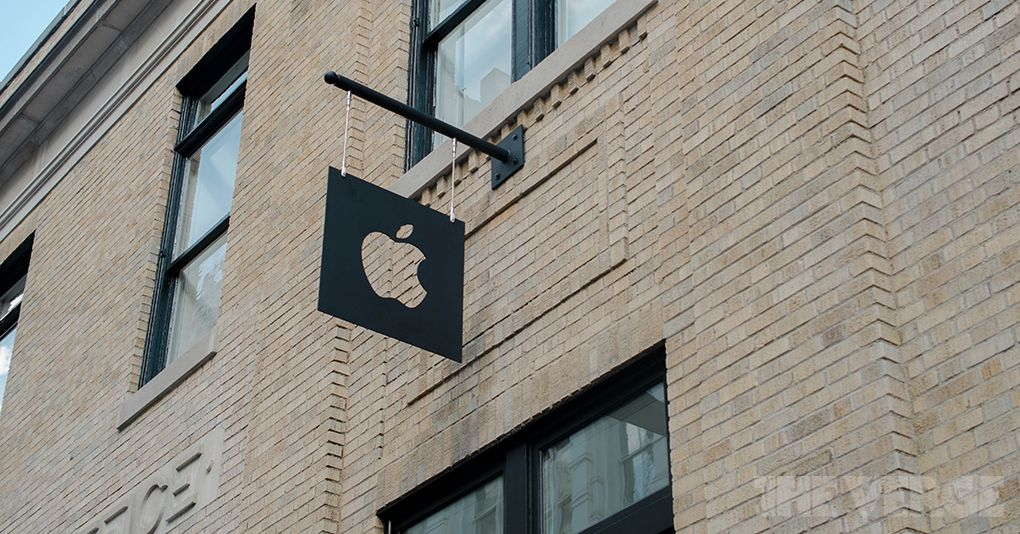 Apple is temporarily closing all remaining Apple stores in the UK