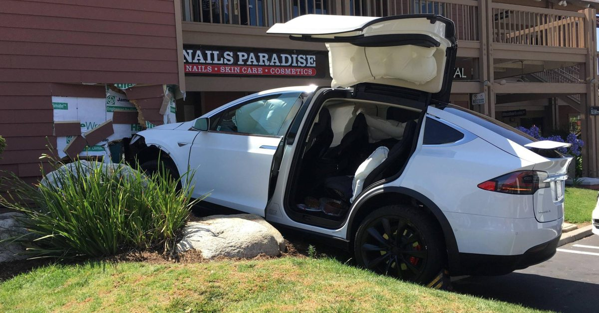 "The NHTSA says Tesla's accidents from "" accelerating on their own "" were caused by the driver using the wrong pedal"